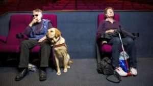 Tutti i film devono essere audiodescritti