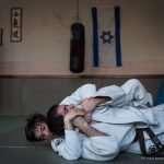 Roberto e un atleta del Judo Club durante un combattimento a terra